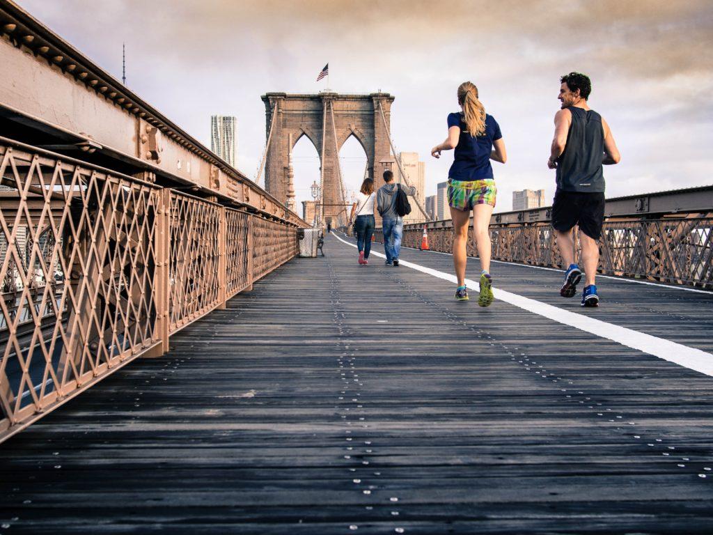 Corsa sul ponte - Le migliori scarpe da running per principianti
