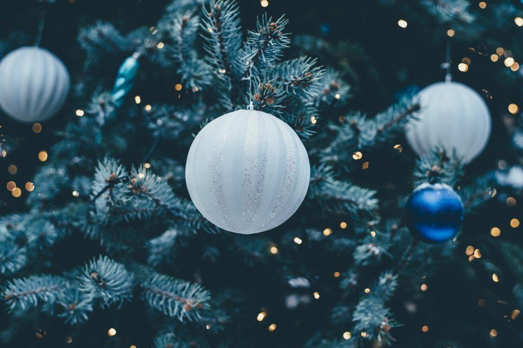 Alberi di Natale artificiali di qualità: guida all'acquisto - Immagine evidenza