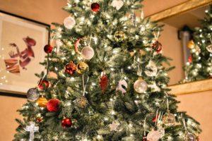 Alberi di Natale artificiali di qualità - Immagine di copertina