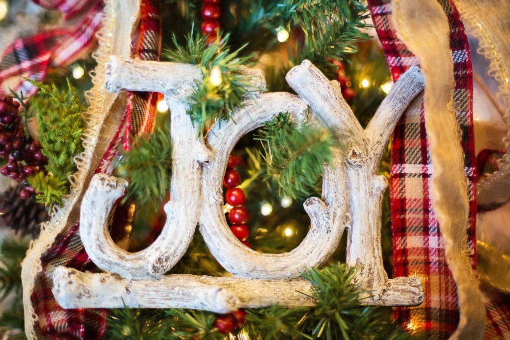 Albero di Natale particolare: guida all'acquisto - Immagine in evidenza
