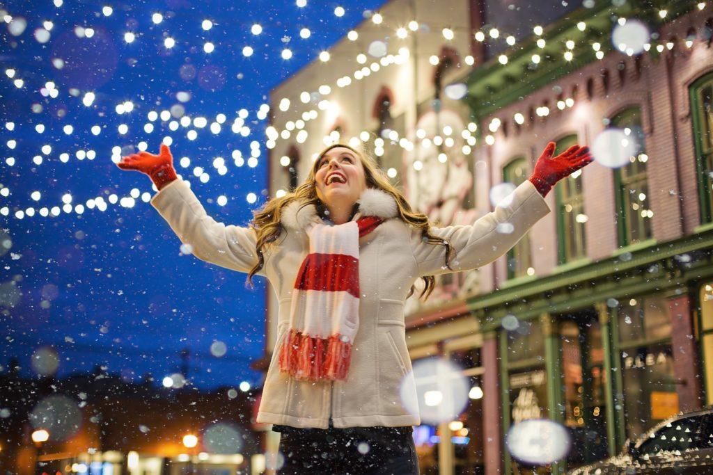 Luci natalizie guida all'acquisto - Immagine in evidenza