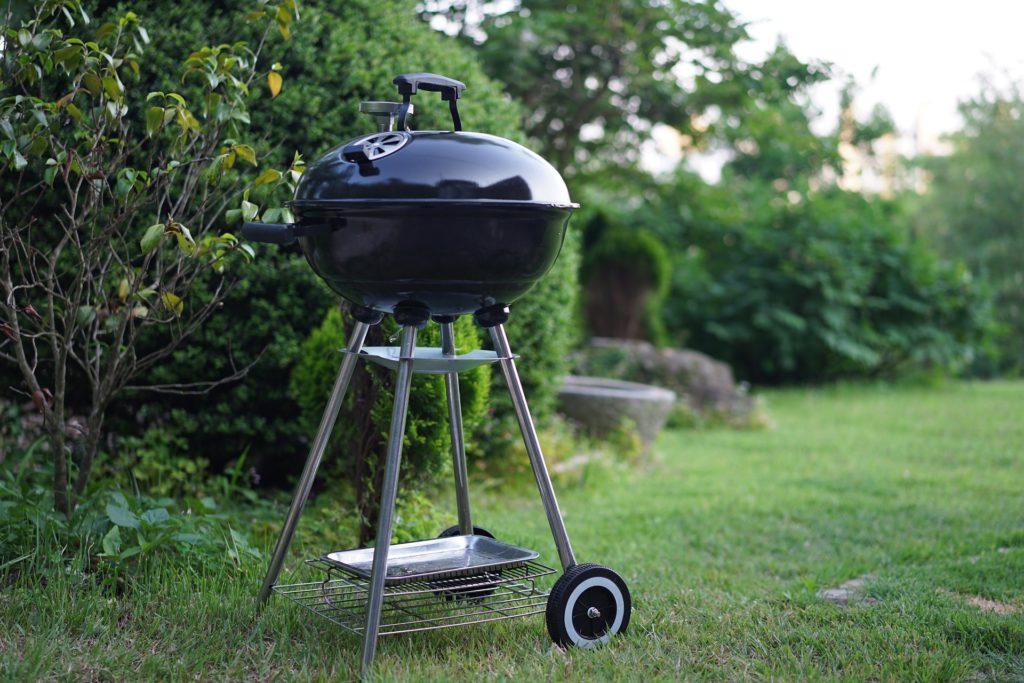 Il miglior telo copri barbecue: proteggilo dalla polvere e dalle intemperieIl miglior telo copri barbecue: proteggilo dalla polvere e dalle intemperie - Immagine in evidenza
