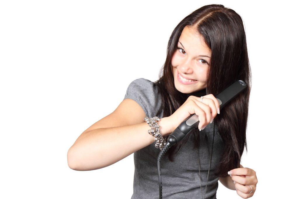 Capelli mossi o lisci? La guida per trovare la miglior piastra per capelli! - Immagine in evidenza