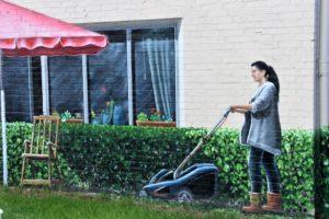 Curare il tuo giardino con il miglior tagliaerba elettrico sul mercato? Fatto! - Immagine in evidenza