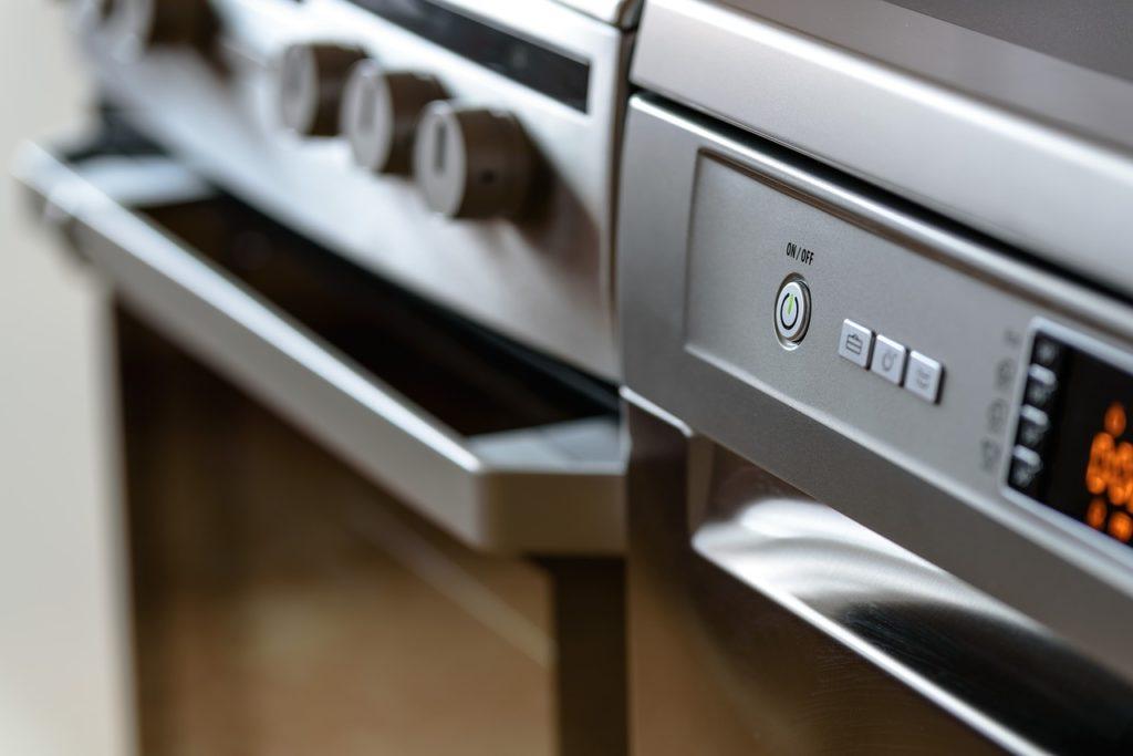 Gli elettrodomestici ideali per una casa piccola e lo stile da adottare - Immagine in evidenza