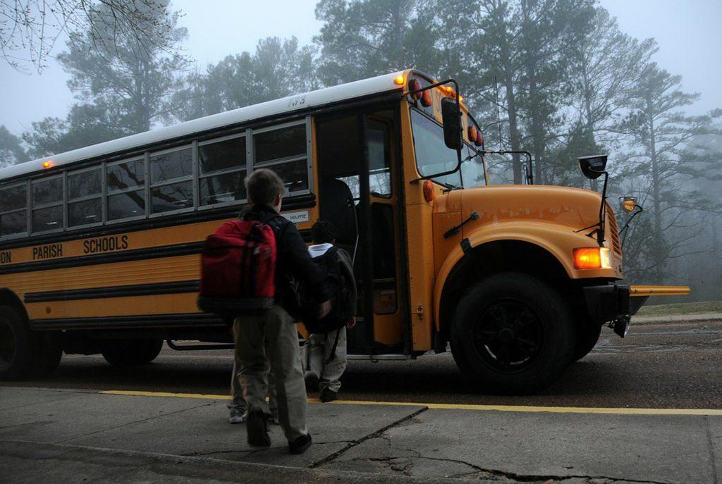 Il miglior zaino per la scuola elementare da maschio: guida all'acquisto - Immagine