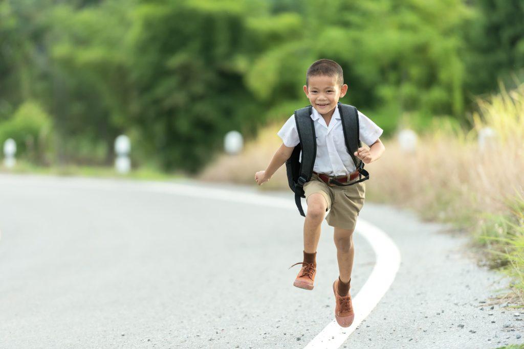 Il miglior zaino per la scuola elementare da maschio - Immagine in evidenza