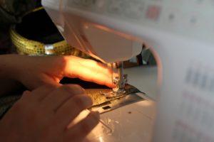 Sai come scegliere la migliore macchina da cucire elettronica? - Immagine in evidenza